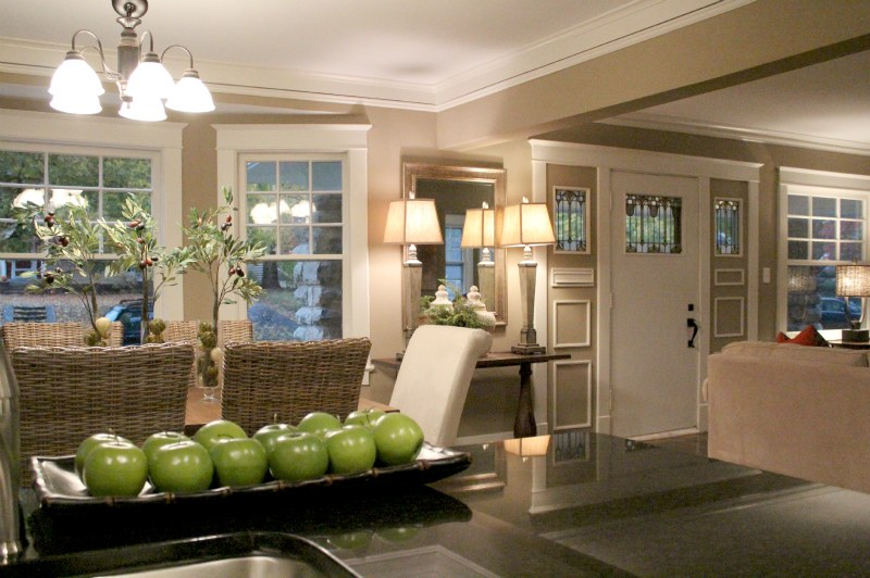 Home Staging Entrance in Kansas City